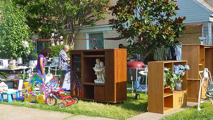 Furniture-Garage-Sale-8