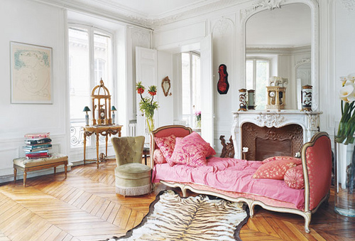 pink-decor-bedroom