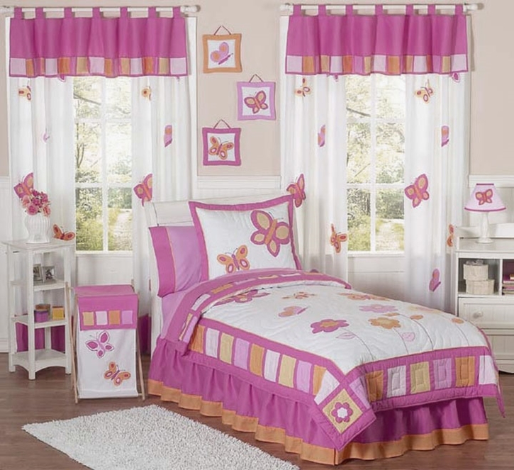 unique-pink-toile-crib-bedding-room