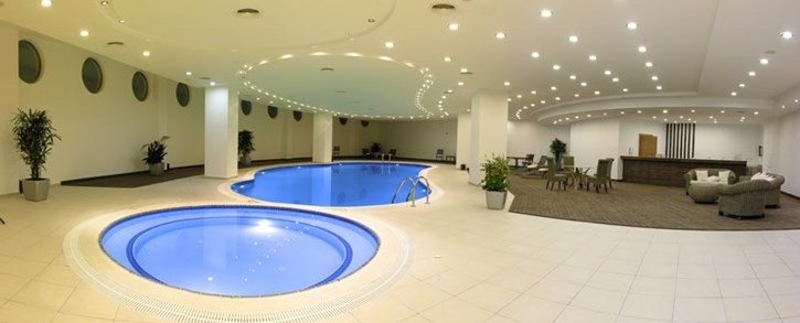 malpas-hotel-indoor-pool
